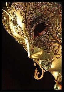 I 愛 Venetian masks