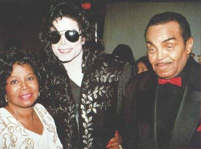 Are MJ's parents getting divorced?