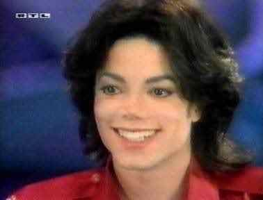 Actually when I was on my trip, we ate at KFC. I was very excited cause I knew Michael loved KFC plus it was my first time to eat there. And, it was my first time to taste mash potatoes.