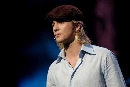 The Island দ্বারা Celtic Thunder sung দ্বারা Keith Harkin.