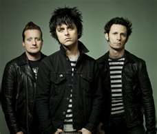 me.im listning to Green Day.