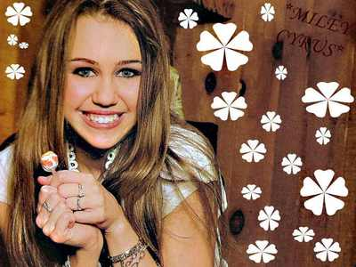cute miley with lolipo
