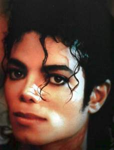 I was in the cuisine listening to Michael Jackson on my computer. All of the sudden, my dad called and told me that Michael was in a coma. So, I turned on the tv to CNN and they were reporting about MJ being in a coma. Later on, Michael was pronounced dead. When I heard this, I froze in my siège and Michael Jackson was still playing in the background. I wasn't crying at first because it was soo hard to believe that the person I was listening to just passed away. His death did not fully hit me until his memorial was on tv about a week ou two later. I was soo sad that I would never get the chance to meet the artist who had such a profound meaning in my life.