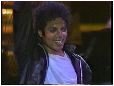 Today is liberiangirl_mj birthday!!!!I want to tell her HAPPY BIRTHDAY,all her wishes to come true and everything to works out well for her,because she is the BEST!!!!!!!Love you!!!!!!!!!!!!!!!