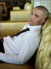 Its Mark Sallin-Puck from Glee!:D Hes a FITTY!:P