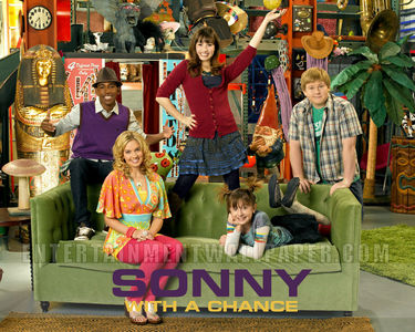 Oay it would be the শ্রদ্ধার্ঘ্য House on Sonny With a Chance and the cast of Sonny With a Chance Please don't put any mean মতামত about it because I do প্রণয় Sonny With a Chance! :)