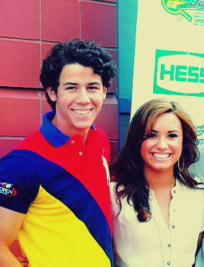"""No freaking way. Not at all. I'm still keeping my hopes up for Nemi haha but that probably won't happen. Joe kinda broke Dem Dem's হৃদয় and he really doesn't deserve her back no matter how badly the crazy fangirls want it. It won't happen again. Not a chance in Hell. """"Don't make a guy you're prince if he doesn't make sure আপনি know you're his princess"""". The way Nick looked at her... if this was an alternate universe they would be together but """"I don't know what to say since the twist of fate when it all broke down and the story of us looks a lot like a tragedy now""""... I'm rambling. No. Jemi should not come back again haha v but Nick gave a full-on smile while he was standing পরবর্তি to Demi =b"""