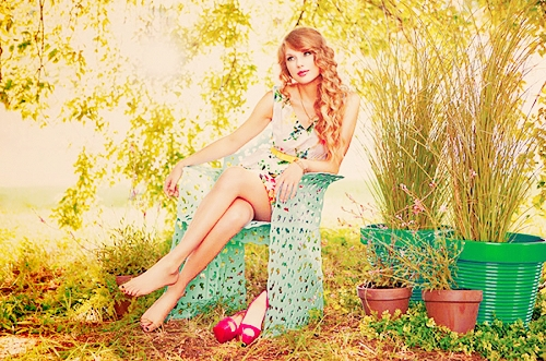Taylor Swift; so beautiful, so sweet, so inspirational, so talented.