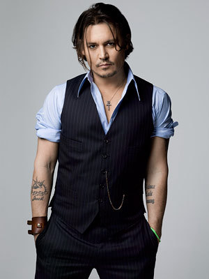 Johnny Depp because he's hot and the most amazing actor there is...♥