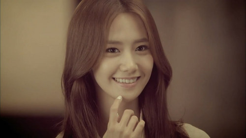 I Wanted To Be Yoona...Because She Is Very Pretty,Has A Cool Body And She Is The Most Men's Ideal Girl (^_^)