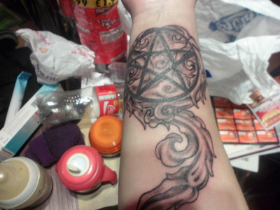 I have two, my first was of a pentagram and i got the decoration to go around it. Got más lined up...not i just need the money XD