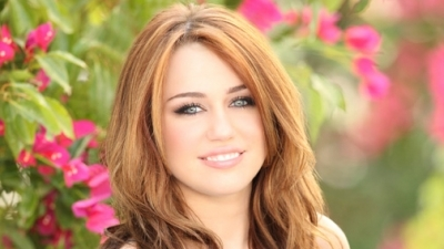 hope i'm not late!! http://www.mileycyrus.bz/2011/01/16/gallery-updates-new-hannah-montana-forever-photos/