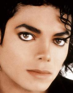 Michael we tình yêu bạn and we have the deepest respect for you!!! Saying that we miss you, doesn't even express the hurt and pain we feel since bạn left. Thank bạn for your legacy of beauty, humanitarianism, style, music, dance,warmth, SEXINESS, and inspiration. There is NO other like bạn and there NEVER will be!!! I tình yêu bạn SO MUCH and I AM IN tình yêu WITH YOU!!! bạn are my sweet angel, prince, KING, lover, dancing machine, singer, and tổng thể my BEAUTIFUL MAN!!! THANK YOU!!! :)