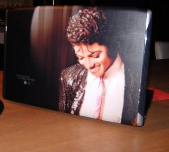 What do wewe think of my MJ Laptop :D!