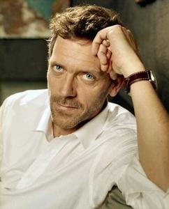 Hugh Laurie. Always! または Benedict Cumberbatch. HIDH