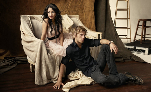 i like her with alex pettyfer they look amazing together