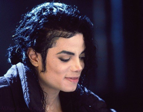 Your upendo is magical, that's how I feel But I have not the words here to explain Gone is the grace for expressions of passion But there are worlds and worlds of ways to explain To tell wewe how I feel But I am speechless, speechless That's how wewe make me feel I upendo wewe MICHAEL!