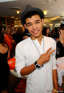 Ty Blue(Roshon Fegan)from Shake It Up Mostly because of the dancing he does. Other than him,I can't really think of anyone else.