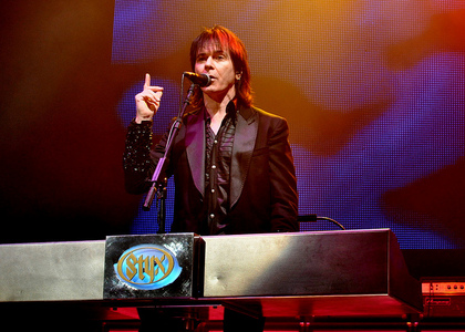 Lawrence Gowan. I already reeeeaaaally loved him but having seen him performing in concerto again a mese fa with the rest of the band (Styx) it turned into obsession <3333333333