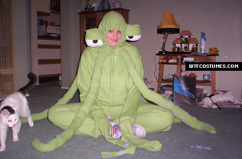 this is a costume so send me a message if its weird یا not a frog costume
