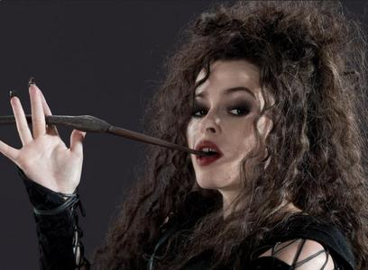 Obviously Bellatrix because I love her she's my پسندیدہ character in HP and I don't care about anyone else