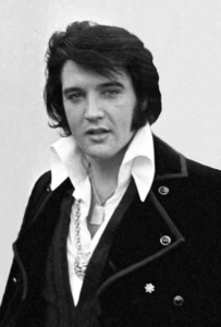 My お気に入り singer would be The King of Rock and Roll, Elvis Presley ♥