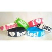 WHO LOVES BOOBIE BRACELETS????? I DOOOOOO!!!!!!