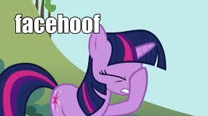 I agree with Lunashay, exept for the fact that no one gives two shits about the Baltic countries and that China is bound to suck up to Russia in no time. Now here is a misceláneo picture of Twilight Sparkle: