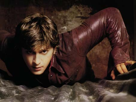 Rob Thomas but I prefer his Matchbox Twenty 음악 to the 음악 from his solo career :)
