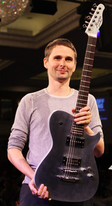 Muse's frontman, Matt Bellamy. *-*