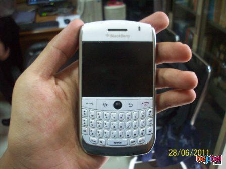 BlackBerry Javaline White 8900