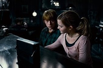 It was so hard to pick, but this one of my fav Romione moments.