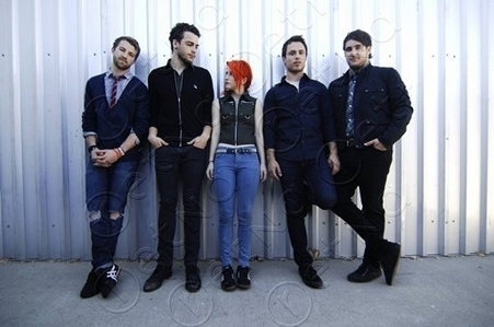 If anda could ask any member of paramore ONE question, what would it be?