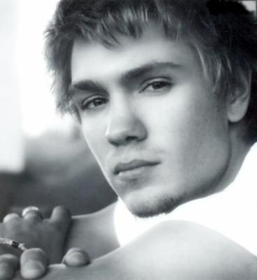 my answer is chad michael murray because i upendo him and his hot:D P.S. HIS MINE