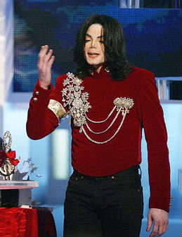 Martin Bashir was awful in that interview. He should be ashamed of himself. I heard Bashir had a brain tumor but I'm not sure. That would serve him right for what he did to Michael.
