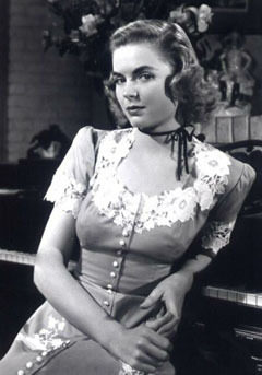 No one, at the moment. Unless আপনি count my husband Helo and my wife Dorothy McGuire, that is. Dorothy:
