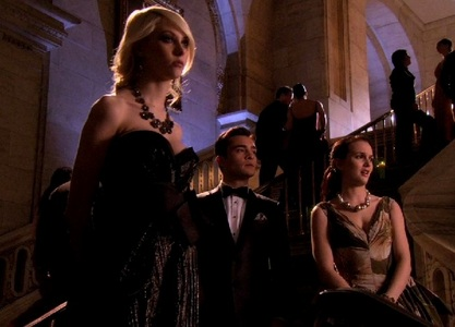 Jenny, Chuck, Blair {Gossip Girl}  It was never really a love-triangle, but still my main OT3.