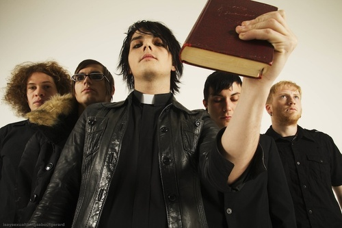 Guys from My Chemical Romance,especially Gerard;Avril Lavigne & Andy Sixx from Black Veil Brides..