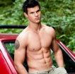Aston Merrygold (JLS) или Taylor Lautner