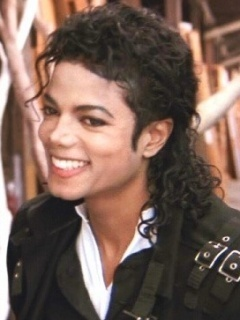 doesnt michael look so adorable in this picture?