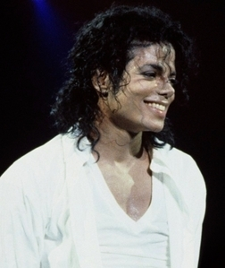 MICHAEL JACKSON!!!u can call me crazy if u want!!!!but he is major smexy!!!!!!
