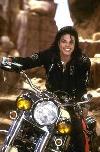 what would u do if michael jackson saved your life and came with a motocycle like this