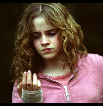 I always loved Hermione best-she was clever, smart, quick witted and strong! She really demonstrated courage and was sooo inspirational like her SPEW efforts and her want to destroy Voldermort!