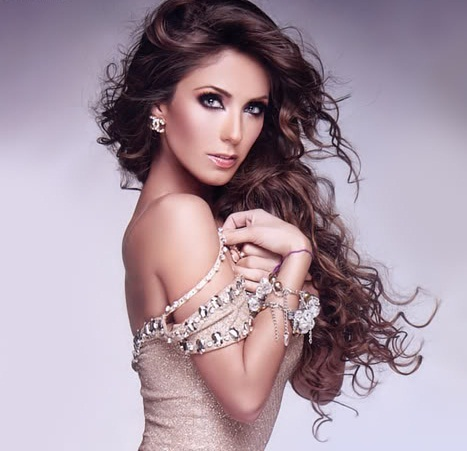 Post the best picture of Anahi and win props!!!