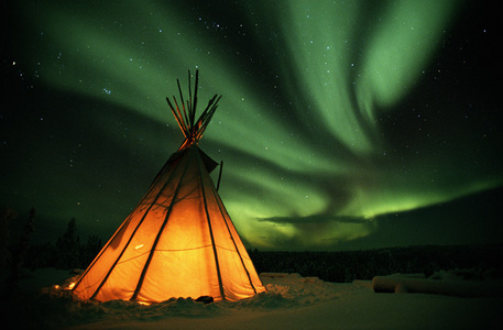 I read somewhere that there is an actual fear of the Northern Lights, I think they're beautiful but is anybody on here actually scared of them?