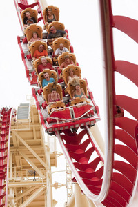 Do te like roller coasters? If so, what is your preferito one and where is it located?