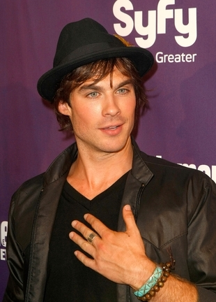 Post the best picture of Ian Somerhalder with a hat!! deadline is march 16