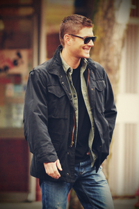 Post your favourite picture of him with sunglasses!