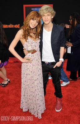 Bella Thorne couple
