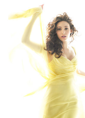 How can I sing like Emmy Rossum?